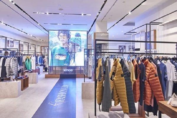 """Fashionalia crea nueva experiencia de compra en retail con su tienda """"Phygital"""